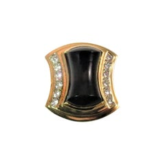 18 Karat Yellow Gold Ring with Black Onyx and Diamonds