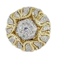 18 Karat Yellow Gold Ring with Carat 1.82 Diamonds