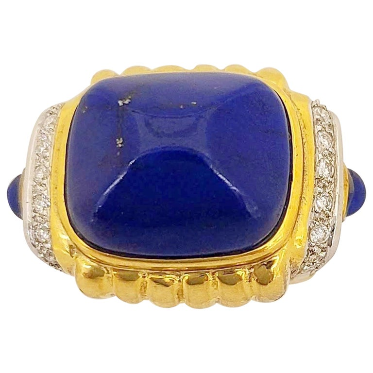 Sugarloaf Cabochon 18 Karat Yellow Gold Ring with Lapis Lazuli and Diamond Ring For Sale