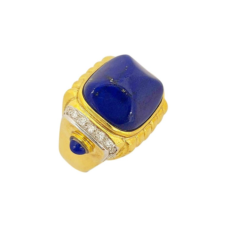 18 Karat Yellow Gold Ring with Lapis Lazuli and Diamond Ring For Sale