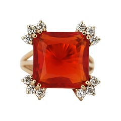 18 Karat Yellow Gold Ring with Natural Fire Opal 10.18 Carat and Diamonds, Italy