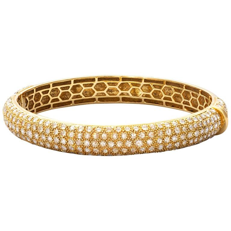18 Karat Yellow Gold Rosecut Diamond Cuff Bracelet For Sale