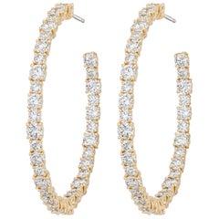 AS29 18 Karat Yellow Gold Round Diamond Medium Hoop Earrings