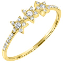 18 Karat Yellow Gold Round Diamond Star Ring