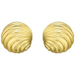 18 Karat Yellow Gold Round Grooved Earrings