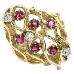 18 Karat Yellow Gold Ruby and Diamond Bark Ring