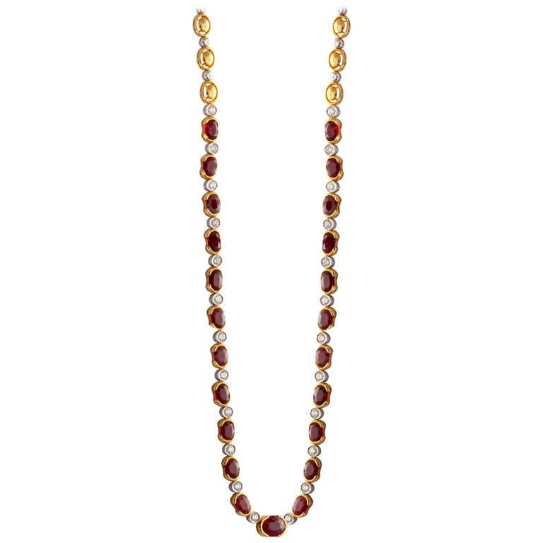 18 Karat Yellow Gold Ruby Diamond Necklace Set For Sale