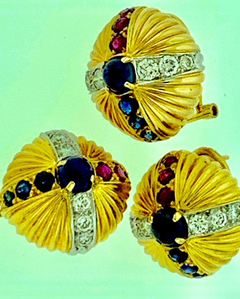 18 Karat Yellow Gold Ruby Sapphire and Diamond Earring and Stick Pin Set Estate In Excellent Condition For Sale In New York, NY