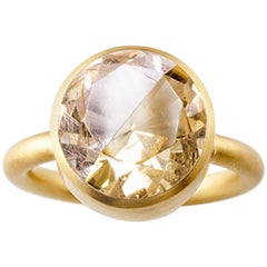 18 Karat Yellow Gold Rutile Quartz and Cognac Quartz Two-Stone Modern Ring