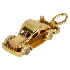 18 Karat Yellow Gold Saloon Car Charm Pendant