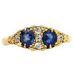 Victorian Sapphire and Diamond 18 Karat Yellow Gold Dress Ring, circa 1900