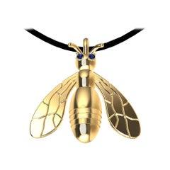 18 Karat Yellow Gold Sapphire Bee Pendant Necklace