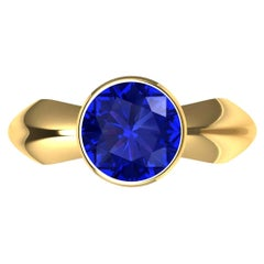 18 Karat Yellow Gold Sapphire Sculpture Ring