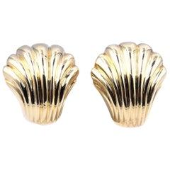18 Karat Yellow Gold Shell Earrings