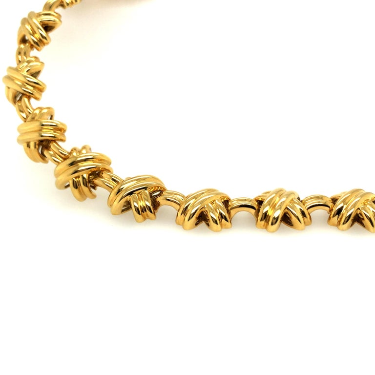 18 Karat Yellow Gold Signature X Collection Necklace by Tiffany & Co. In Good Condition For Sale In Zurich, CH