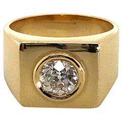 18 Karat Yellow Gold Signet Pinky Ring
