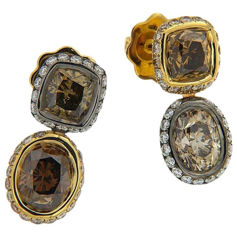 18 Karat Yellow Gold Silver Rhodium Champagne White Diamonds Earrings For Sale