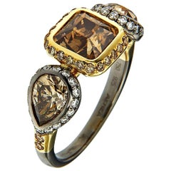 18 Karat Yellow Gold Silver Rhodium Champagne White Diamonds Ring Aenea