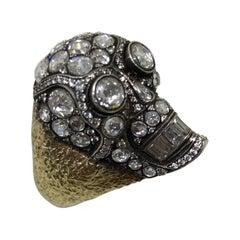 18 Karat Yellow Gold Skull Ring with 7.05 Carat White Diamonds