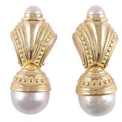 18 Karat Yellow Gold South Sea Pearl Earrings