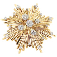 "18 Karat Yellow Gold ""Star"" Brooch, with Diamonds"