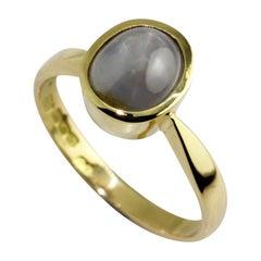 18 Karat Yellow Gold Star Sapphire Ring