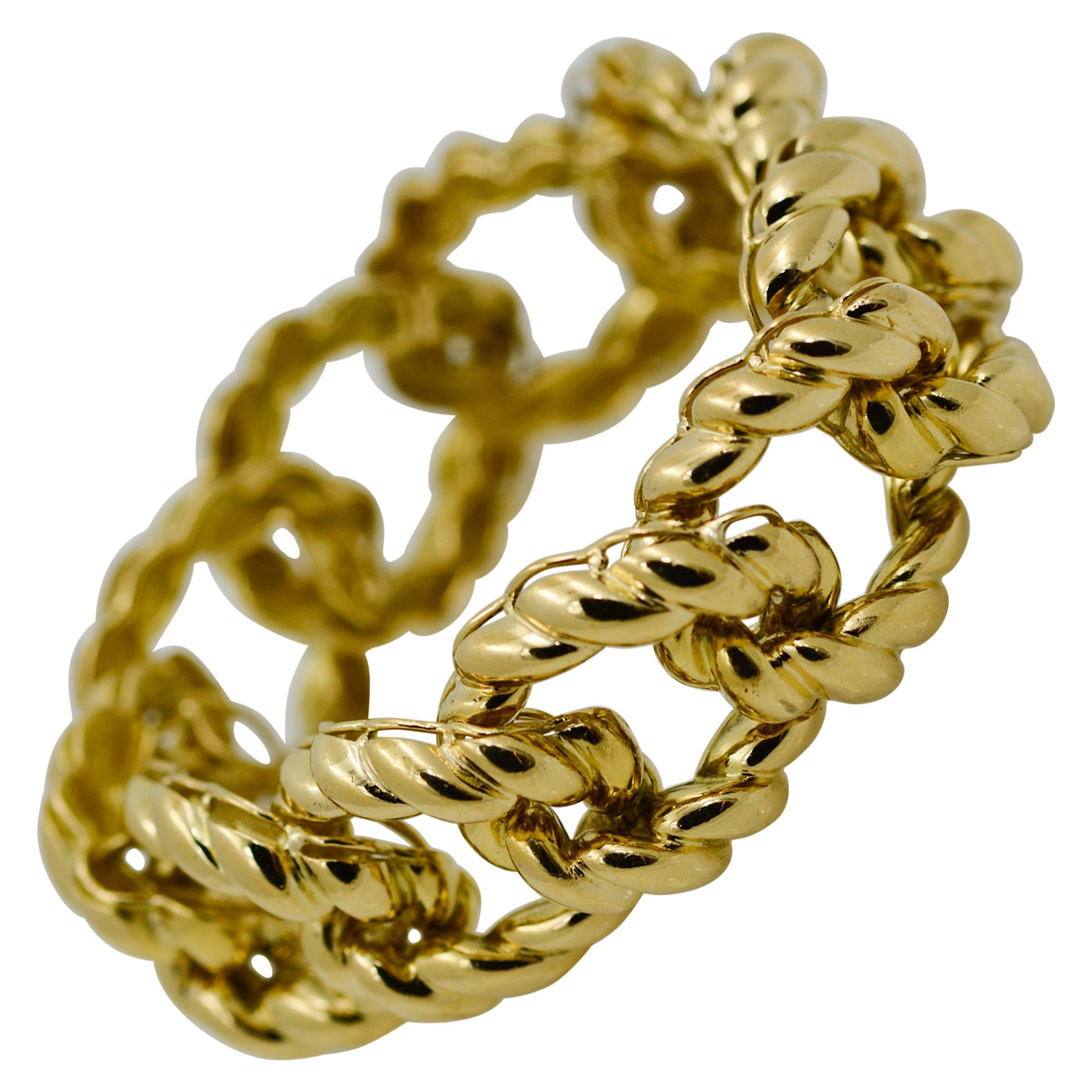 18 Karat Yellow Gold Textured Curb Link Bracelet