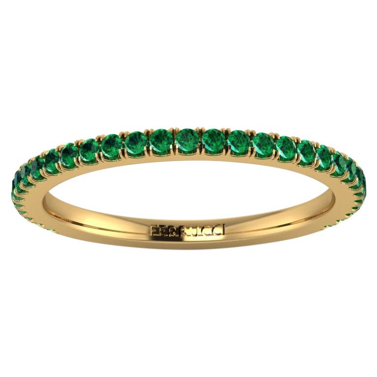 18 Karat Yellow gold Thin Emerald Pavé Stackable Band Ring