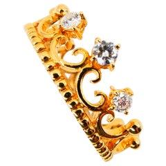 18 Karat Yellow Gold Three-Stone Crown Ring Brilliant Cut Diamonds