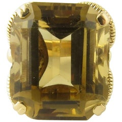 18 Karat Yellow Gold Topaz Ring