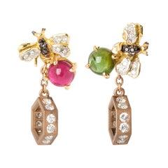 18 Karat Yellow Gold Tourmaline 0.71 White Diamond Bee Hexagon Pendent Earrings