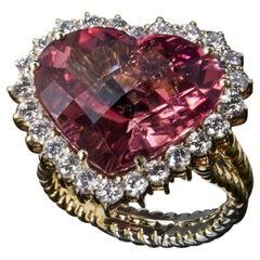 18 Karat Yellow Gold, Tourmaline and Diamonds Fashion Ring
