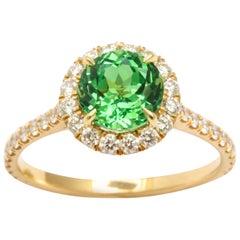18 Karat Yellow Gold Tsavorite Ring with Diamonds