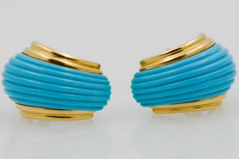 18 Karat Yellow Gold Turquoise Contemporary Clip-On Earrings 5