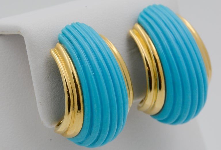 Women's 18 Karat Yellow Gold Turquoise Contemporary Clip-On Earrings