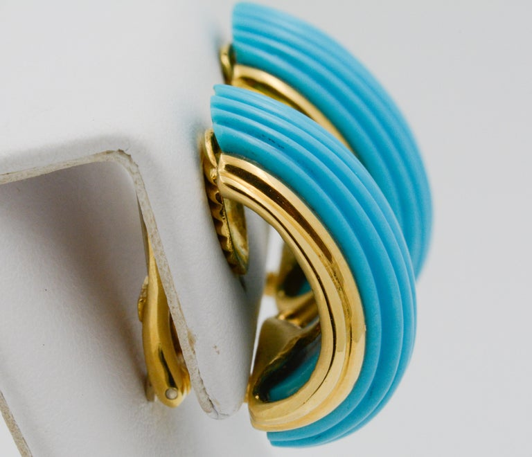 18 Karat Yellow Gold Turquoise Contemporary Clip-On Earrings 2