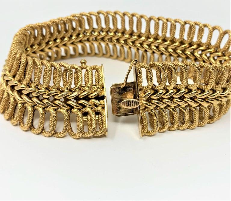 18 Karat Yellow Gold UnoAErre Wide Fancy Link Bracelet 1