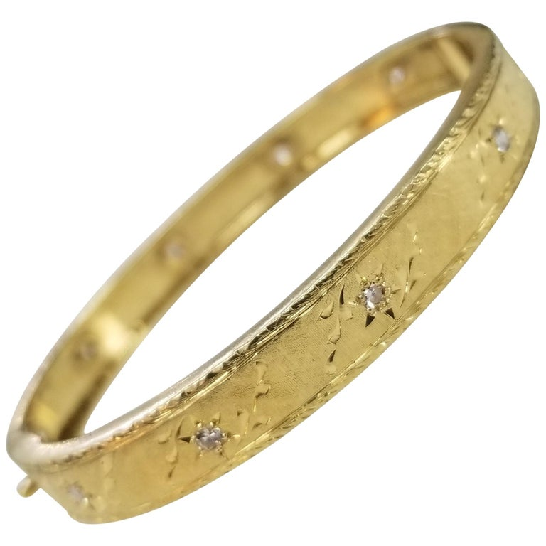 "18 Karat Yellow Gold Vintage ""Hand Engraved"" Diamond Bracelet For Sale"