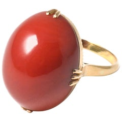 18 Karat Yellow Gold Vintage Japanese Oxblood Coral Oval Ring