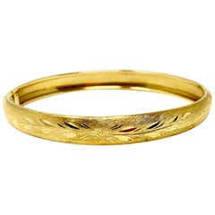 18 Karat Yellow Gold Vintage Satin Finish Floral Bangle Bracelet