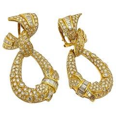 18 Karat Yellow Gold Vintage White Diamond Drop Earrings