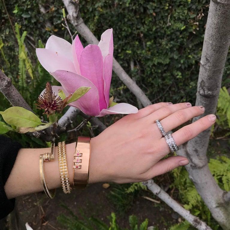 18 Karat Yellow Gold White Diamond Double Carousel Bracelet For Sale 2