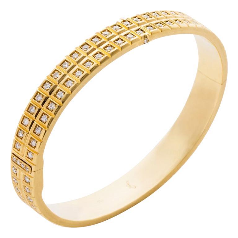 18 Karat Yellow Gold White Diamond Double Carousel Bracelet For Sale