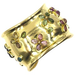 18 Karat Yellow Gold Wide Cuff Bracelet Cabochon Peridot Rubelite Topaz