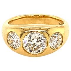 18 Karat Yellow Gold with 1.45 Carat Center Round Diamond Gypsy Ring