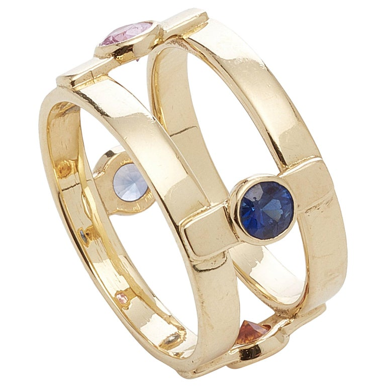 18 Karat Yellow Gold with 4 natural Multi-Color Sapphires Ring For Sale
