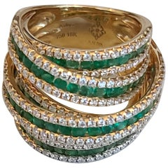 18 Karat Yellow Gold with Diamonds and Emeralds De Grisogono Inspired Style Ring