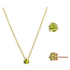 18 Karat Recycled Yellow Gold Green Peridot Round Cut Earrings and Necklace Set