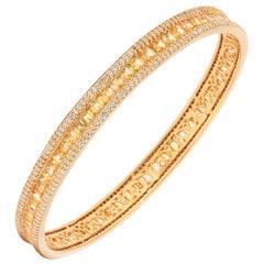 18 Karat Yellow Gold Yellow Sapphire Diamond Bangle Bracelet