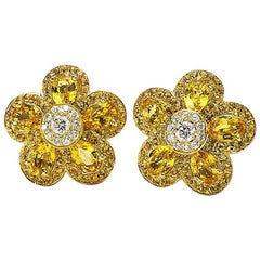 18 Karat Yellow Gold, Yellow Sapphire Flower Earring